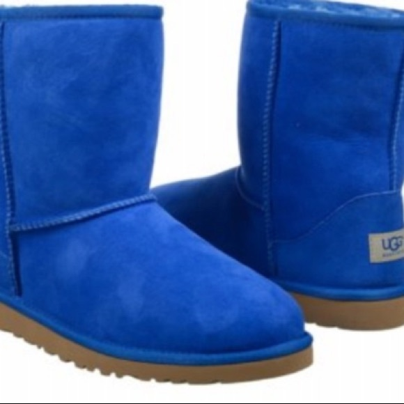 f1059851d20 Classic Short Royal Blue Ugg Boots Size 7